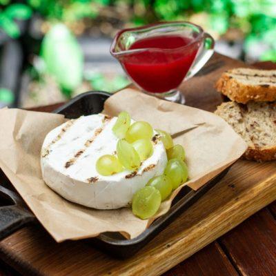 Ukrainian farming Camembert
